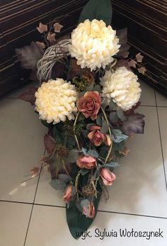 Grave Flowers, Funeral Flowers, Diy Flowers, Funeral Flower Arrangements, Beautiful Flower Arrangements, Beautiful Flowers, Grave Decorations, Flower Decorations, Gladiolus
