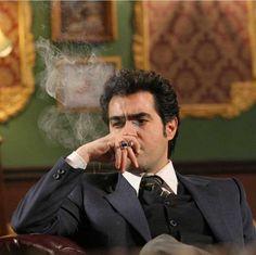Iranian Film, Iranian Actors, Taraneh Alidoosti, Frozen Room, Persian Pattern, Cillian Murphy, Brad Pitt, Character Inspiration, Singer