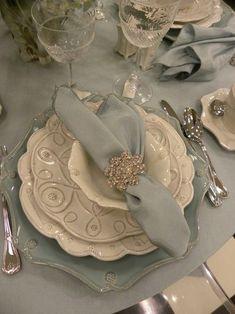 Świąteczne nakrycie stołu. Część druga: styl klasyczny -