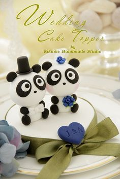 Wedding Cake Topper-love Panda by charles fukuyama, via Flickr