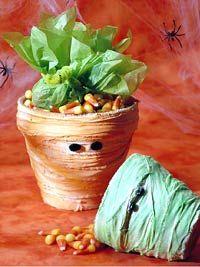 Halloween Mummy Candy Pots. CUTE!