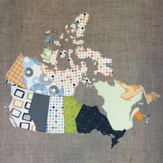 Bright and colorful, each provence on this quilted Canada map is packed with personality. This is a really novel country cottage style wall hanging that will be Quilts Canada, Fabric Canada, Quilting Projects, Quilting Designs, Sewing Projects, Quilting Ideas, Sewing Ideas, Canadian Quilts, Map Quilt