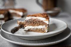 Tiramisu dort: Autentická italská chuť za pár kalorií   Aktin Tiramisu, Ricotta, Cooking, Ethnic Recipes, Food, Kitchen, Essen, Meals, Tiramisu Cake