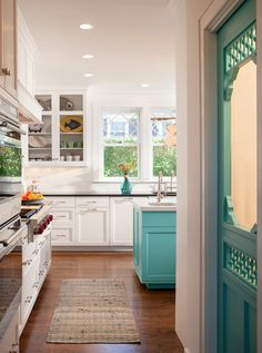 A bold splash of Larchmere 6752 turquoise by Sherwin Williams, with white.