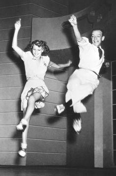 Party like Fred Astaire on this New Years Eve! Rita Hayworth and Fred Astaire Fred Astaire, Rita Hayworth, Lindy Hop, Swing Dancing, Ballroom Dancing, Shall We Dance, Lets Dance, Tap Dance, Classic Hollywood