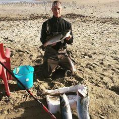 Maddalena Spiaggia - Cagliari - Spigola di oltre 3kg a surf casting pesca fishing