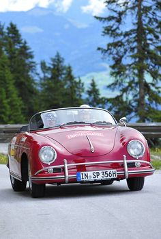 #Classic #Porsche 356, open #road - what more could you want?