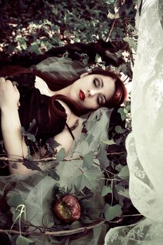 Fantasy | Magic | Fairytale | Surreal | Myths | Legends | Stories | Dreams | Adventures | Snow White