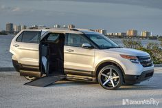 2015 Ford Explorer BraunAbility MXV - Wheelchair accessible SUV - This new wheelchair accessible vehicle will be released soon !