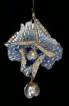 Art Nouveau  - Lalique Jewelry