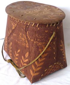 IROQUOIS Native American Indian, USA / First Nations, Canada, Birch Bark Basket