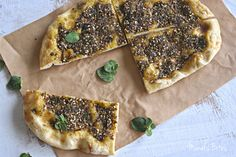 Middle Eastern recipes – Manal's Bites: مناقيش… Pizza Pictures, Eastern Cuisine, Lebanese Recipes, Middle Eastern Recipes, Arabic Food, Vegetable Pizza, Food Art, Bakery, Bread