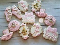 Ballerina Cake Pops, Ballerina Cookies, Ballerina Birthday Parties, Ballerina Party, Birthday Bash, Birthday Ideas, Baby Girl Cookies, Baby Shower Cookies, Sugar Cookie Royal Icing