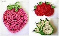Boa noite queridas!!!!   Trago hoje pra vocês essas lindas frutas que podem ser usadas pra aplicações, como porta copos, pegador de panelas...