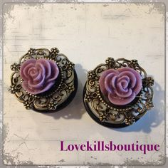 PICK SIZE Purple rose plug Resin Antique bronze setting Glitter Roses, Green Glitter, Body Jewelry, Jewlery, Tapers And Plugs, Stretched Lobes, Tunnels And Plugs, Gauges Plugs, Purple Roses