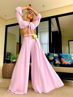 Fashion Pants, Bell Bottoms, Ideias Fashion, Casual, Closet, Dresses, Vestidos, Armoire, Closets