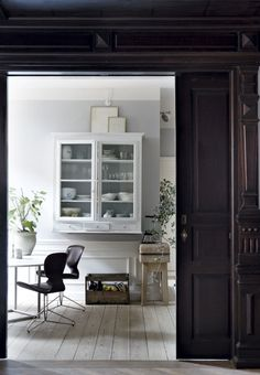 What It Must Be Like To Live In A Historic Building Via Cocolapinedesign Com
