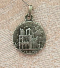 Vintage NOTRE-DAME DE-PARIS ~ 2 SIDED Sterling Silver MEDAL Charm