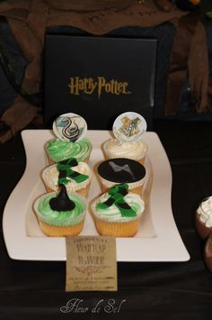 Cupcakes at a Harry Potter Party #harrypotter #cupcakes