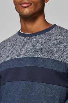 edc - Sweatshirt with a mix of textures at our Online Shop Latest Fashion, Mens Fashion, Man Child, Mens Sweatshirts, Edc, Fashion Accessories, Men Sweater, Children, Sweaters