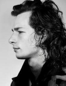 Mike Faist's pre-show ritual is simple and relaxed. Before every performance of Dear Evan Hansen, the hit Broadway musical in which Faist plays Connor Murphy, the native Ohioan listens to music—he likes Chet Baker and the Smiths—or reads. Evan And Connor, Will Roland, Dear Even Hansen, Connor Murphy, Chet Baker, Ben Platt, Perfect Boy, Interesting Faces, Celebs