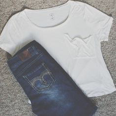 Soft casual white pocket tee. Soft short sleeve tee BRAND NEW from Pac Sun. Me To We Tops Tees - Short Sleeve