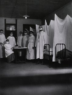 An pneumonia ward at the U. S. Army Base Hospital in Toul, France during the Spanish Flu epidemic of 1918-19.