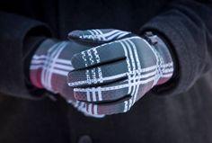 Guantes Dynamax, espectaculares. Guante primera piel, suave,calce perfecto. Estampado cuadrllé. http://accs-online.es/tienda/marcas/seirus/guantes-seirus.html