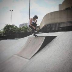 Grande parceiro @caio_radical #brazil #blade #valo #remz #rollerblade #razors #kaltyk #love #brazil #fitness #slalom #kids #therolling #roller #rails #torque #misty #mortal #whey #suplementos #monstro #hipertrofia #body #brasil #tattoo #styler #god #gym #whey by patinadores.com.br