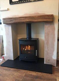 Wood Burner Fireplace, Fireplace Wall, Living Room With Fireplace, Cozy Living Rooms, Fireplace Design, Home Living Room, Cottage Living, Log Burner Living Room, Livng Room