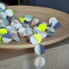 Guirlande décorative ECLAIR - Mi-Avril