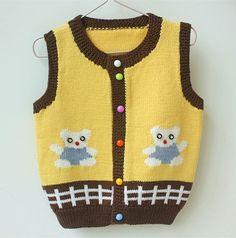This Pin was discovered by mar Sweater Knitting Patterns, Knit Patterns, Free Knitting, Crochet For Kids, Crochet Baby, Knit Baby Sweaters, Baby Kind, Jacket Pattern, Crochet Fashion