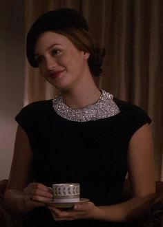 Blair Waldorf in Milly (2.14 In The Realm Of The Basses)