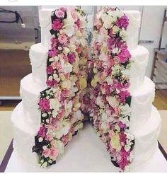 Chicas que les parece el pastel que elegi para el dia de mi boda?