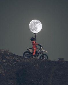 Photography - Moon - dirtbike - motocross - Motocross❤I love Cross - Motorrad Motocross Vintage, Motocross Bikes, Ktm Dirt Bikes, Motocross Tattoo, Motocross Baby, Gp Moto, Moto Bike, Moto Enduro, Enduro Motorcycle