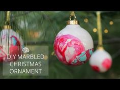 DIY MARBLED CHRISTMAS ORNAMENT - Rosyscription