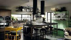Magnifiques armoires vert clair ajoutent de la couleur et l'appel vintage à la cuisine moderne                                                                                                                                                                                 Plus