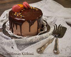Kääpiölinnan köökissä: Hävikkiherkkuna pikkuruinen suklaa-maapähkinävoikakku ♥