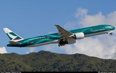 Cathay Pacific Boeing 777-367(ER)