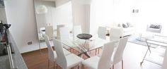 Departamento de 131 m2 cerca al Centro Comercial Larcomar, en Miraflores - Lima. Acabados de lujo. 3 habitaciones con capacidad para 8 personas.