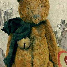 Old worn mustard  gold stubble mohair bear with #antique brass sleigh bell #whendisbears #artistbears #softsculpture #shabby #handmade #artdoll #stuffedtoy #vintagetoys #oldbear #handmadebear #tatteredteddy #teddybear #artistteddybears #collectiblebear #primitive #tatteredandtorn #mohairbear #mohair #goldteddy  via ✨ @padgram ✨(http://dl.padgram.com)