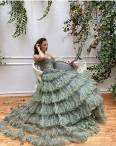 Details - Beig color - Crystal tulle fabric - Long sleeves with v-neck, waist definition and an open leg gown - For special occasions Ball Gown Dresses, Prom Dresses, Formal Dresses, Evening Dresses, Green Wedding Dresses, Afternoon Dresses, Flapper Dresses, Tulle Ball Gown, Elegant Dresses