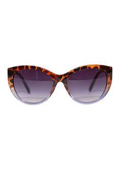 38 meilleures images du tableau Lunettes de vue Prada   Glasses ... 9377411ee6eb