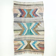 vintage kids furnitures , designer, lovely and curious things for adults and for kids. Bohemian Style, Bohemian Rug, Vintage Children, Kids Furniture, Quilts, Blanket, Rugs, Pink, Motifs