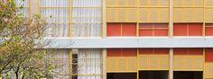 Para os amantes da arquitetura, o número 144 da praça Vilaboim, em Higienópolis, não é apenas mais um endereço em São Paulo. É ali que fica o Edifício Louveira, o cobiçado prédio projetado por Vilanova Artigas e Carlos Cascaldi em 1946.