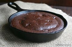 Low-carb gooey skillet brownie for two: 5 tablespoons almond flour 3 tablespoons cocoa powder 3 tablespoons Swerve Sweetener or other granulated erythritol 1 teaspoon baking powder 3 tablespoons water 2 tablespoons avocado oil or melted butter 1 large egg 1/4 teaspoon vanilla extract 1 tablespoon sugar-free chocolate chips (optional) Bake 325 degrees for 13-16 min.
