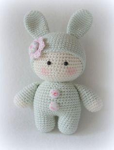 Mesmerizing Crochet an Amigurumi Rabbit Ideas. Lovely Crochet an Amigurumi Rabbit Ideas. Crochet Amigurumi, Crochet Teddy, Easter Crochet, Crochet Bear, Cute Crochet, Amigurumi Doll, Crochet Crafts, Crochet Projects, Crochet Mignon