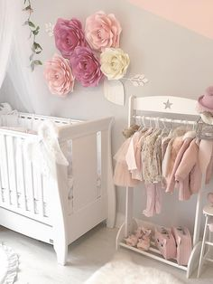 Inspiration from Instagram - @minibloggerella -pastel girls room ideas, pink and grey girls room design, girls kidsroom, kidsroom decor