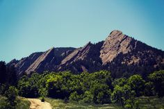 Pin for Later: The Great American Summer Travel Bucket List Climb the Flatirons in Boulder, CO. Boulder Flatirons, Denver Skyline, Travel Activities, Flat Iron, Summer Travel, Bouldering, Places Ive Been, Climbing, Colorado