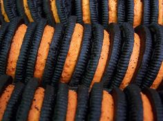 Am I the only one who thinks that the Halloween Oreos taste better than regular ones even though theyre the same flavor? Raise your hand if youve already eaten an entire family size box of Halloween Oreos . Pumpkin Spice, Fall Halloween, Food, Halloween, Halloween Oreos, Fall Recipes, Autumn Aesthetic, Halloween Treats, Happy Fall